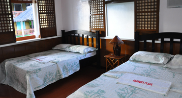 Rooms for rent in Anilao